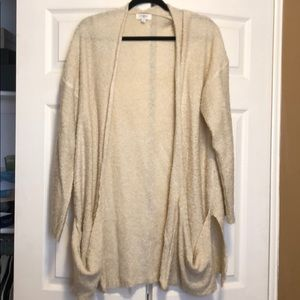 Umgee cream sweater with pockets